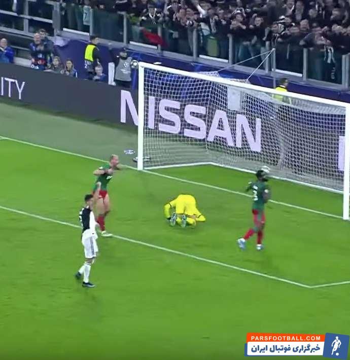 گل دوم ستاره آرژانتینی روی ریباند ضربه الکس ساندرو و در موقعیتی مشکوک به آفساید به ثمر رسید، اما نکته مهم واکنش عجیب کریستیانو رونالدو بود.
