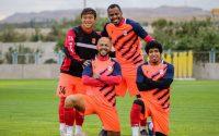 فورچونه، سوگیتا، میمبلا و مازولا ۴ بازیکن خارجی تراکتور در لیگ نوزدهم محسوب می شوند آنها با وجود اینکه با ملیت های متفاوتی به تراکتور آمده اند صمیمی اند.