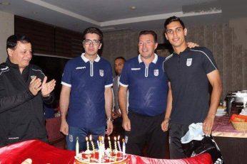 محمد نادری مدافع چپ پا تیم ملی و باشگاه پرسپولیس در آستانه جشن تولد 22 سالگی خود تمرینات سختی را زیر نظر مارک ویلموتس انجام میدهد.