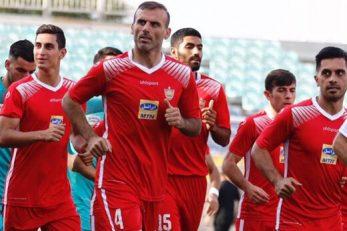 آمادگی کامل سید جلال حسینی برای حضور در ترکیب پرسپولیس مقابل پیکان