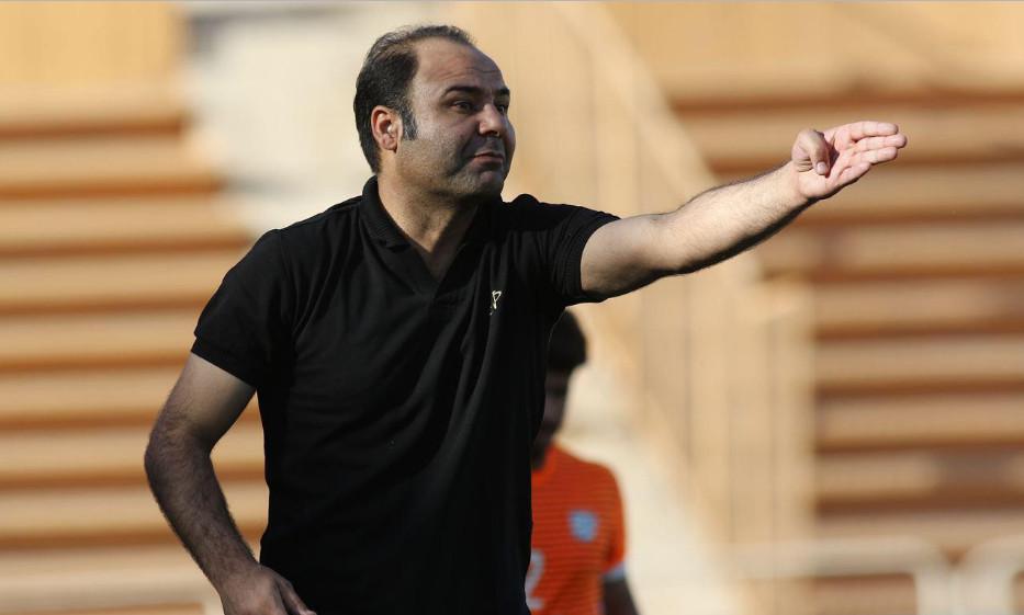 سهراب بختیاریزاده : علی کریمی ریتم بازی استقلال را کُند میکند
