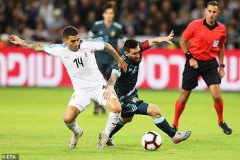 لیونل مسی در این دیدار و در اوقات اضافی موفق شد از روی نقطه پنالتی برای تیم ملی آرژانتین گلزنی کرده و آلبی سلسته را از شکست نجات دهد.