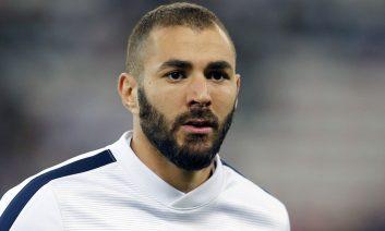 حجامت کریم بنزما ستاره باشگاه رئال مادرید به سبک مسلمانان
