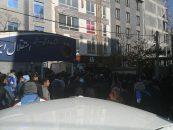 ده ها هوادار ناراضی استقلال امروز مقابل این باشگاه تجمع کرده و اعتراضات جدی شان را نسبت به رفتن آندره آ استراماچونی ابراز کردند.