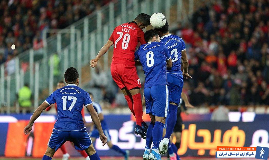 فوتبال دوستان علی علیپور را به خاطر توانایی اش در سرزنی میشناسند علی علیپور در مقابل گل گهر نمایش خوبی در آسمان داشت.
