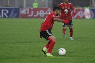 احمد موسوی در زمان حضور دنیزلی بیشتر بهعنوان وینگر راست استفاده میشد احمد موسوی تنها در مسابقه جام حذفی مقابل نود در پست تخصصی خود به کار گرفته شده بود.