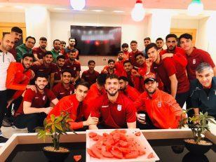 جشن شب یلدای بازیکنان تیم ملی امید در اردوی قطر