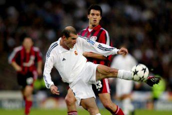 زیدان ؛ گل دیدنی زیدان به بایرلورکوزن در فینال لیگ قهرمانان اروپا