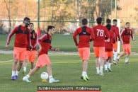 سرخپوشان فوتبال تراکتور به کشور ترکیه سفر کرده اند سرخپوشان فوتبال تراکتور در سکوت خبری خود را آماده مسابقات نیم فصل دوم می کنند.