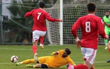 مسعود شجاعی در نیم فصل اول لیگ برتر نوزدهم در ترکیب تراکتور عملکرد فوق العاده ای داشت و ثابت کرد همچنان یکی از توانمندترین بازیکنان فوتبال ایران است.