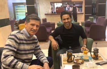میلیشیچ لکیش نبوشا میلیشیچ لکیچ ، دستیار جدید فرهاد مجیدی، امشب وارد تهران شد و در هتل محل اقامتش مورد استقبال سرمربی تیم فوتبال استقلال قرار گرفت.