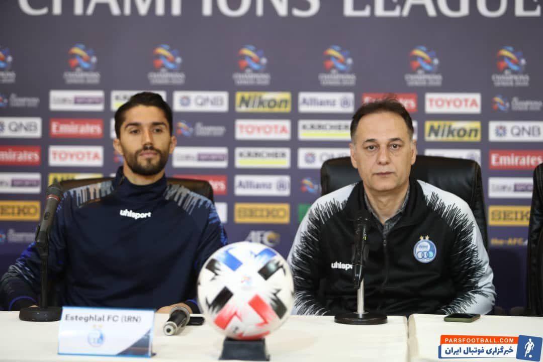 حسین حسینی گلر آبی ها به عنوان بازیکن منتخب این تیم در کنار مجید نامجو مطلق در نشست خبری پیش از دیدار برابر الاهلی عربستان حضور یافت.