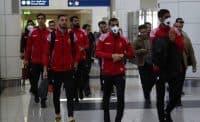 کاروان پرسپولیس که برای بازی مقابل الشارجه در هفته دوم لیگ قهرمانان آسیا صبح امروز عازم امارات شد، دقایقی پیش به فرودگاه دبی رسید.