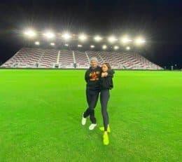 خانواده دیوید بکام که برای تماشای اولین دیدار تیم او اینتر میامی در لیگ MLS دعوت شده بودند به عکس گرفتن در ورزشگاه خالی اکتفا کردند.