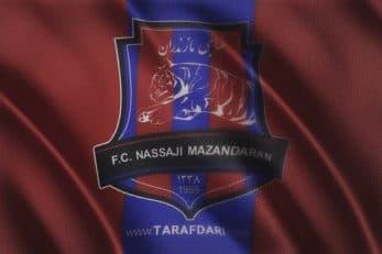 در روزهای تعطیلی مسابقات لیگ هواداران متعصب تیم نساجی مازندران اقدام به بازسازی و نوسازی ورزشگاه تیم محبوبشان کرده اند.