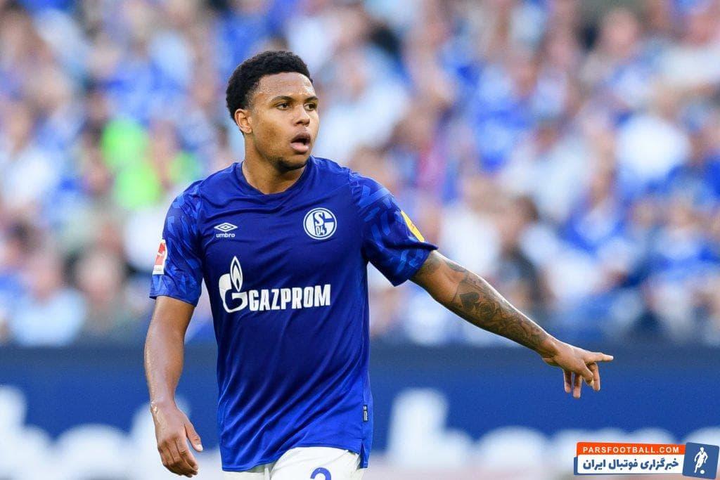 انتقاد تند اسطوره آبی ها از ستاره جوان تیمش: کجای دنیا یک فوتبالیست حرفه ای تا ساعت ۱ ظهر می خوابد؟