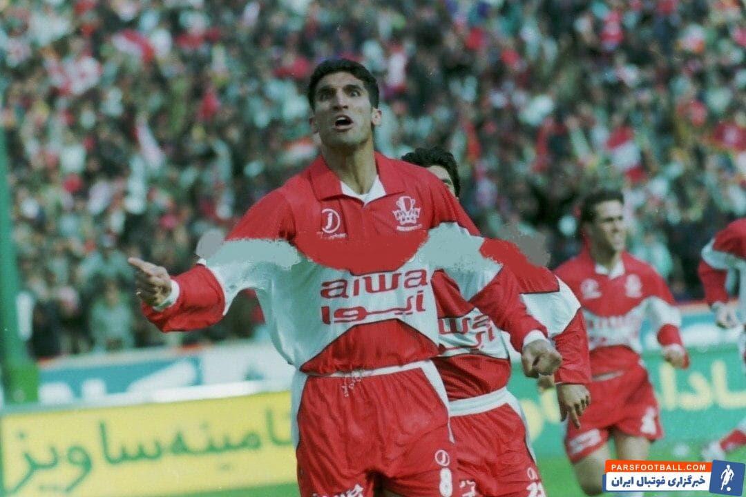 کمتر از یک هفته بعد، تصویری از مهدی هاشمی نسب با قراردادی 99 میلیونی با استقلال منتشر شد و او گرانقیمت ترین بازیکن تاریخ ایران لقب گرفت.