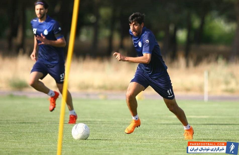 مرتضی تبریزی به عنوان ستاره فصل قبل با استقلال قرارداد امضا کرد اما شرایط برای او به نحوی پیش رفت که حالا به نیمکت ذخیره های این باشگاه تبعید شده است.