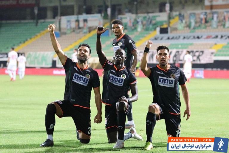 مجید حسینی مدافع ایرانی ترابزون اسپور تنها گل خود در این تیم را مقابل آلانیا اسپور به ثمر رسانده؛ تیمی که به فینال جام حذفی ترکیه راه یافته است.