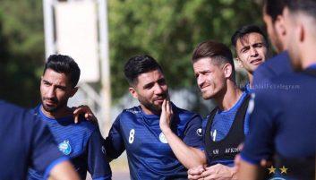 فرشید اسماعیلی با حضور در تمرینات گروهی نشان داد که مشکلی برای همراهی تیمش مقابل فولاد نداردو با نظر کادرفنی میتواند در شروع مسابقات بازی کند.