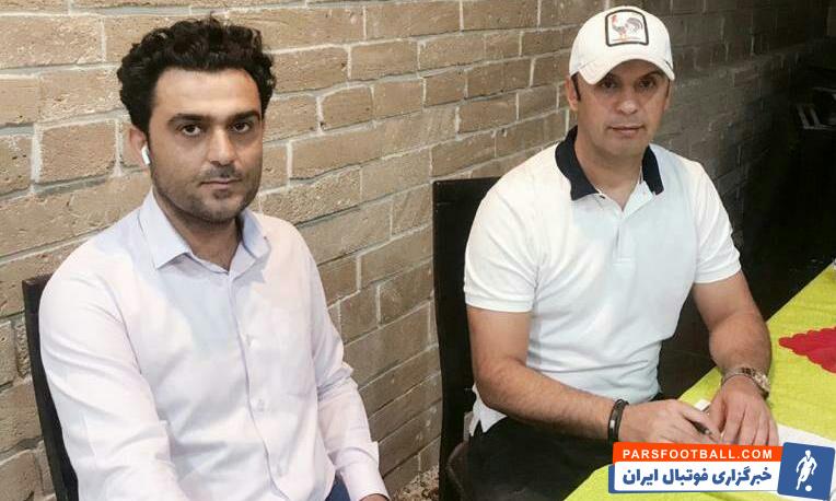 مهدی پاشازاده پس از ورود به شهر بوشهر و انجام مذاکرات نهایی با امضای قراردادی رسما هدایت تیم شاهین را بر عهده گرفت.