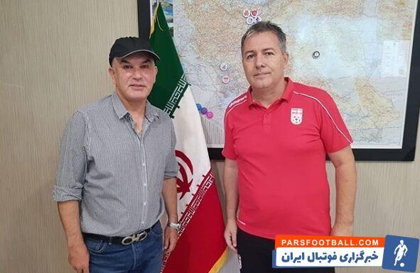 دراگان اسکوچیچ ، سرمربی تیم ملی فوتبال ایران در ادامه دیدارها و ملاقاتهای خود با فوتبالیها جلسهای را با حمید استیلی برگزار کرد.