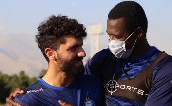 محمد دانشگر پس از حضور در کمیته انضباطی باشگاه و همچنین عذرخواهی از مجموعه استقلال، در تمرین دیروز ( پنج شنیه ) آبیپوشان حضور یافت.