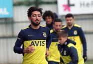 باشگاه ماریوپول اوکراین، پیشنهاد رسمی برای جذب اللهیار صیادمنش، ستاره اسبق تیم استقلال به باشگاه فنرباغچه ترکیه داده است.