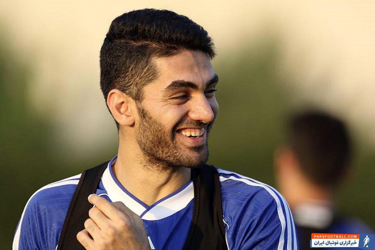علی کریمی هافبک تیم فوتبال استقلال که دچار مصدومیت شده بود، مشکلی برای همراهی تیمش در بازی دربی ندارد.