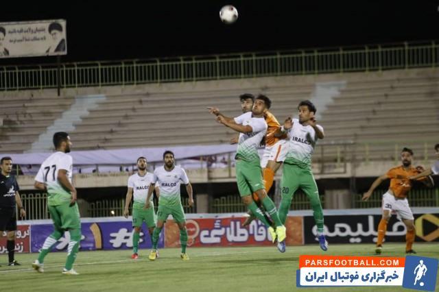 تصاویر تاسف بار در فوتبال ایران ؛ وقتی جشن صعود تبدیل به کرونا مهمانی شد + سند