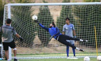 حسین حسینی سیدحسین حسینی سنگربان استقلال به دنبال دومین جام قهرمانی دوران فوتبالیش است که البته در به دست آوردن آن نقشی داشته باشد.