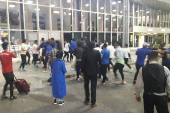 درگیری بازیکنان و هواداران استقلال