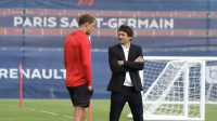 لئوناردو از درخواست توماس توخل برای خرید بازیکنان بیشتر عصبانی شده و صحبتهای اخیر این مربی چندان به مذاق او خوش نیامده است.