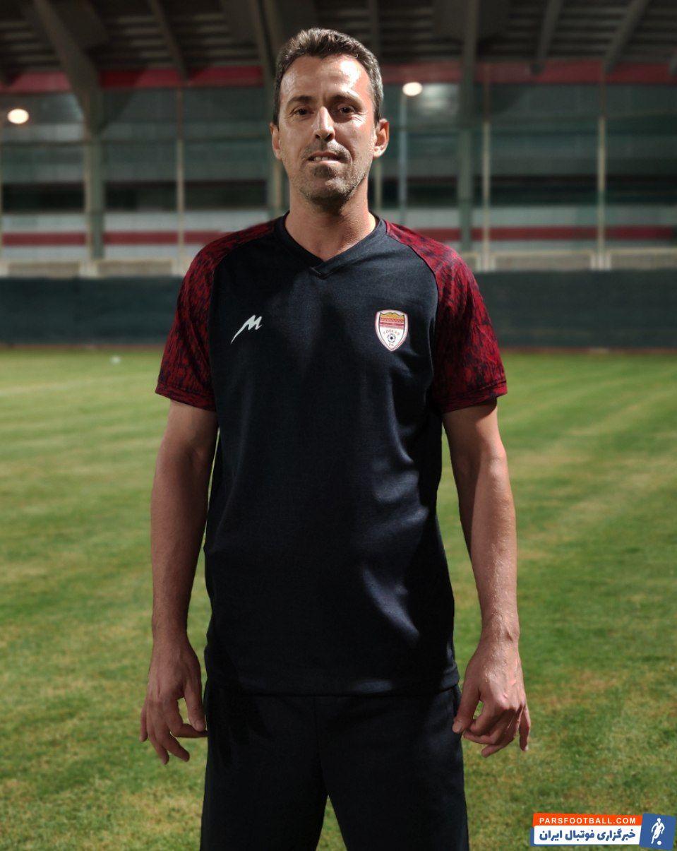 با درخواست جواد نکونام و موافقت سعید آذری مدیرعامل باشگاه فولاد، علی بداوی به عنوان مربی به کادرفنی فولاد در لیگ بیستم اضافه شد.