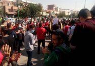 تجمع هواداران پرسپولیس مقابل مجلس شورای اسلامی/ شعار سرخپوشان علیه رسولپناه و سلطانیفر + تصاویر