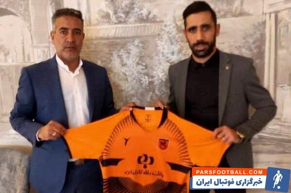 امید خالدی بازیکن مس رفسنجان می گوید دلیل انتخاب این تیم کادر فنی و بازیکنان خوبش بوده و امیدوار به ماندن و حتی درخشیدن مس در لیگ برتر است.