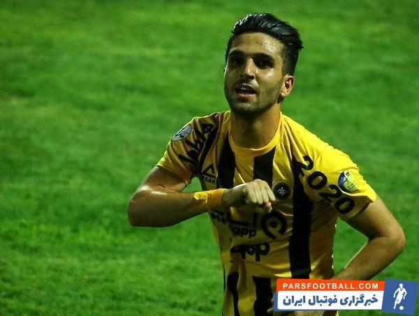 پیوستن ساسان انصاری به تیم فولاد خوزستان منتفی شده است و باشگاه سپاهان قصد دارد مهاجم پیشین خود را به ترکیب تیمش اضافه کند و در عوض منصوری را به تراکتور بدهد.
