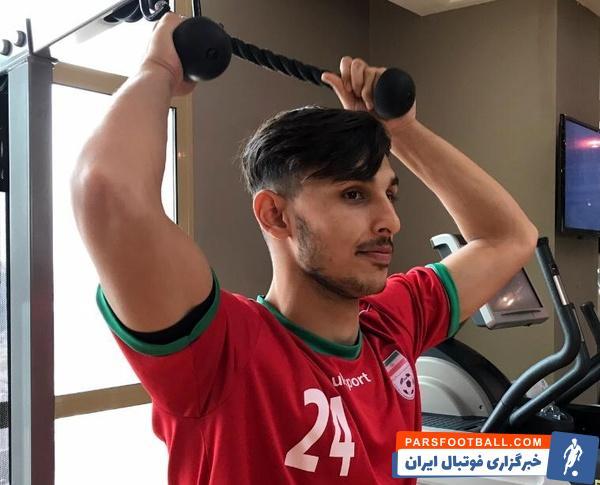 مهران درخشان مهر هافبک جوان فصل قبل ذوب آهن که مدنظر تراکتور تبریز هم بود با قراردادی یک ساله به تیم فولاد خوزستان پیوست و شاگرد نکونام شد.