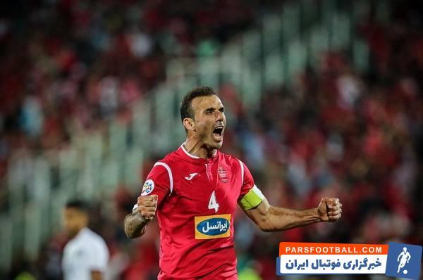 سیدجلال حسینی ، کاپیتان پرسپولیس که همراه این تیم باز هم به فینال آسیا صعود کرده ، با انتشار عکس از فینال قبلی لیگ قهرمانان آسیا ، به استقبال این رقابت رفته است.
