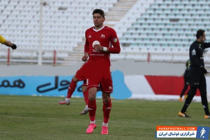 سعید مهری ستاره جوان تراکتور پس از منفی شدن تست کرونایش به اردوی تیمش برای بازی با سپاهان اضافه شد اما نتوانست مانع از شکست شود.