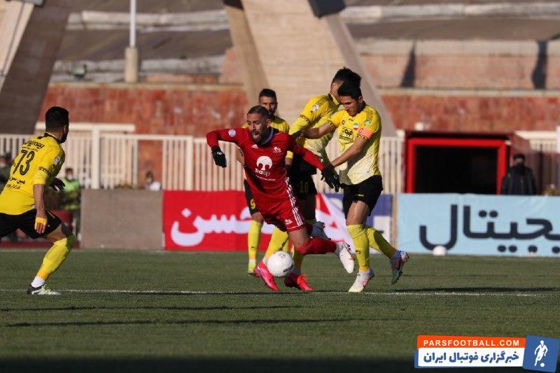 سپاهان موفق شد در روزی که کمترین موقعیت را به تراکتور داد، در خانه این تیم یک برد ارزشمند را کسب کند.
