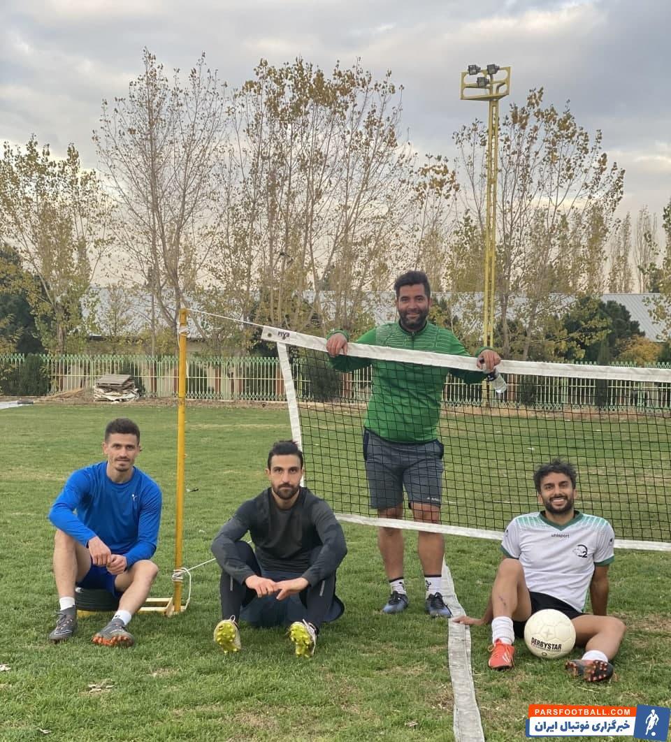 تنیس فوتبال تبدیل به علاقه اصلی محمدحسین میثاقی شده است او با وریا غفوری به رقابت پرداخت که استقلالی ها در این بازی بردند.