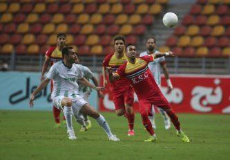 در هفته چهارم لیگ برتر دیدار تیم های فولاد خوزستان و آلومینیوم اراک به تساوی بدون گل رسید تا سرمربیان استقلالی دو تیم از کسب پیروزی باز بمانند .