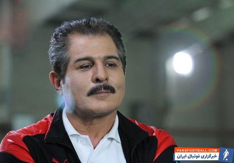 محمد پنجعلی اعلام کرد که در جلسه ای که با جعفر سمیعی مدیر عامل پرسپولیس داشته است ، مدیرعامل سرخپوشان به او اعلام کرده به زودی مشکلات تیمهای پایه را حل می کند .