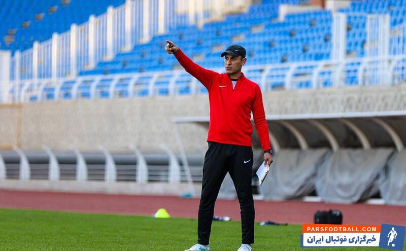 یحیی گل محمدی در بازی با تیم نفت مسجد سلیمان با یک ترکیب جدید وارد میدان شد اما به نظر می رسد گل محمدی قصد دارد که با ترکیب اصلی خود بازگردد.