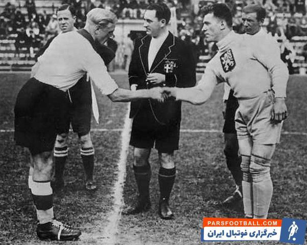 عکسی تاریخی از فوتبال آلمان و انگلیس در بحران جنگ جهانی اول + سند