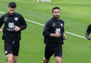 با توجه به عملکرد ضعیف برخی از هافبک های استقلال ، این احتمال وجود دارد که در نقل و انتقالات نیم فصل لیگ برتر ، امید ابراهیمی به استقلال برگردد.