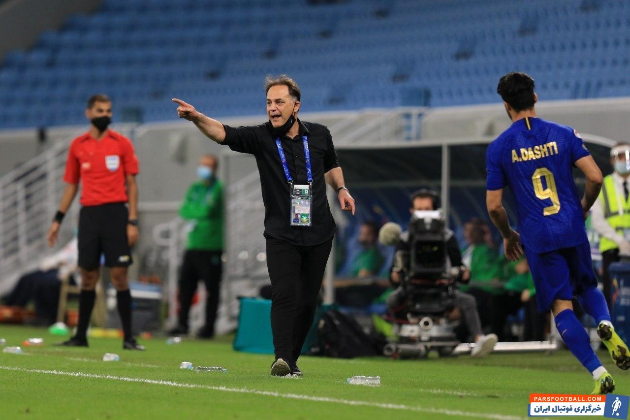 مجید نامجو مطلق ، مربی پیشین تیم استقلال برای دریافت مطالباتش از این باشگاه به کمیته تعیین وضعیت فدراسیون فوتبال شکایت کرد.