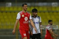 آرمان رمضانی ، بازیکن تیم پرسپولیس در بازی با فولاد خوزستان به جای سید جلال حسینی به زمین بازی آمد و در قلب خط دفاعی قرار گرفت.