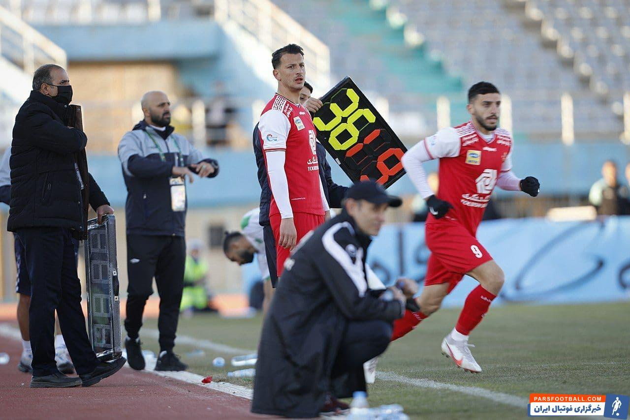 آرمان رمضانی با احتساب وقت های اضافی ۲۲ دقیقه فرصت بازی داشت و بار دیگر فرصت خوبی را برای اثبات توانایی هایش از دست داد.